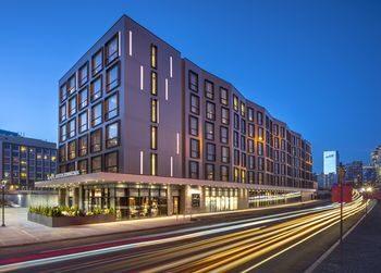 downtown boston convention center boston ma boston. Black Bedroom Furniture Sets. Home Design Ideas